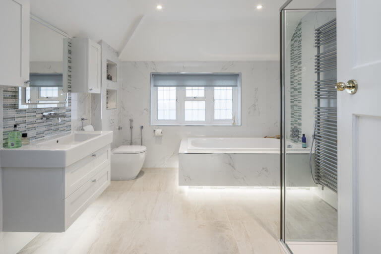 cool and classic Family Bathroom in Surbiton - Cool and elegant.