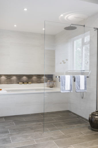 Built in bath and wetroom shower