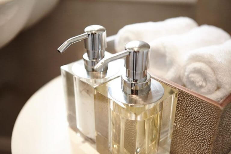 Accessories for small bathrooms blog
