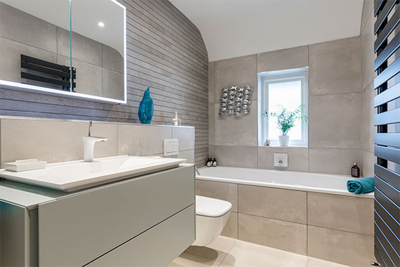 Bathroom in grey - Claygate