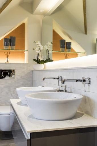 Bathroom Eleven - Master Bathroom